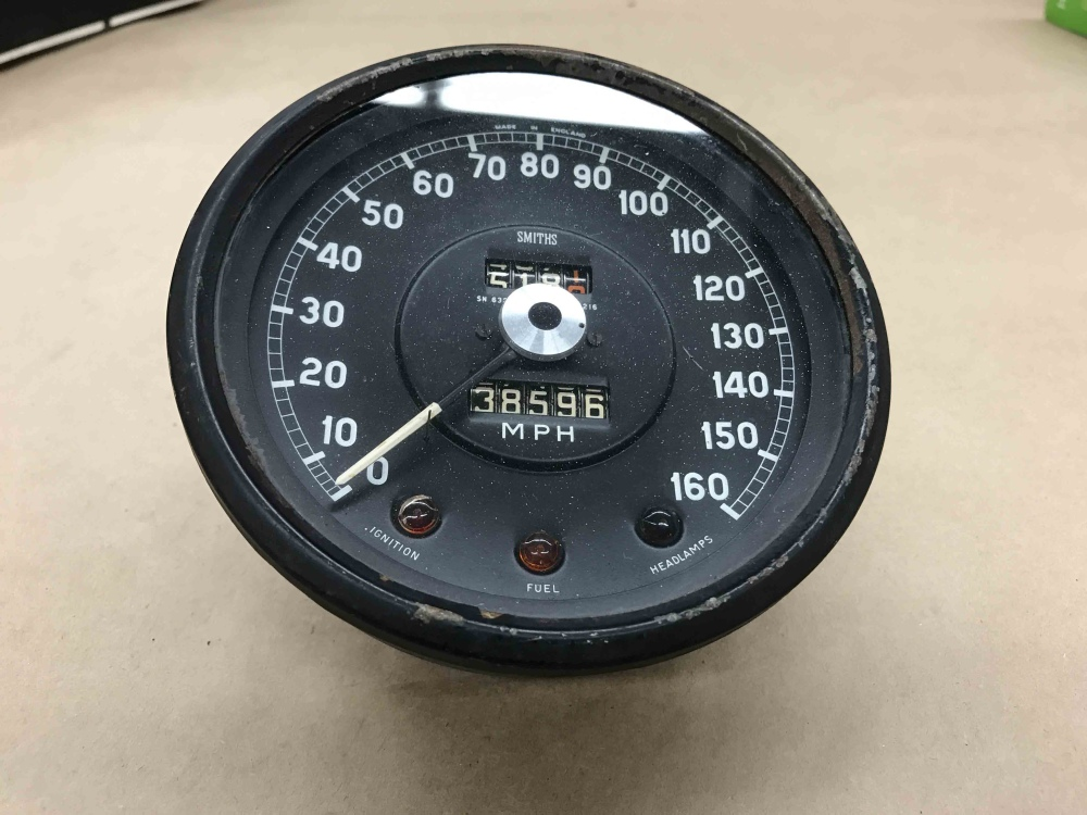 Parts For Cars >> Jaguar XKE E Type SMITHS Speedometer Speedo MPH Gauge SN